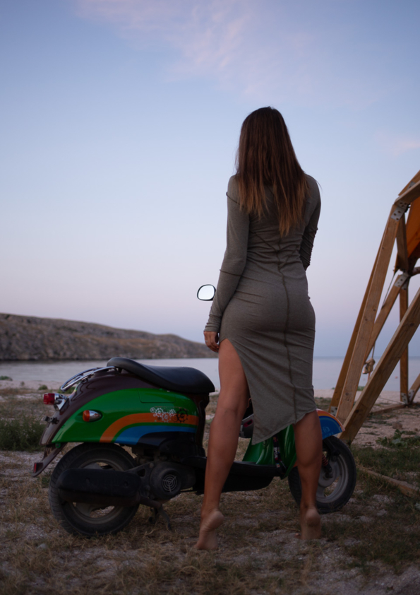 Платье Assasin хаки